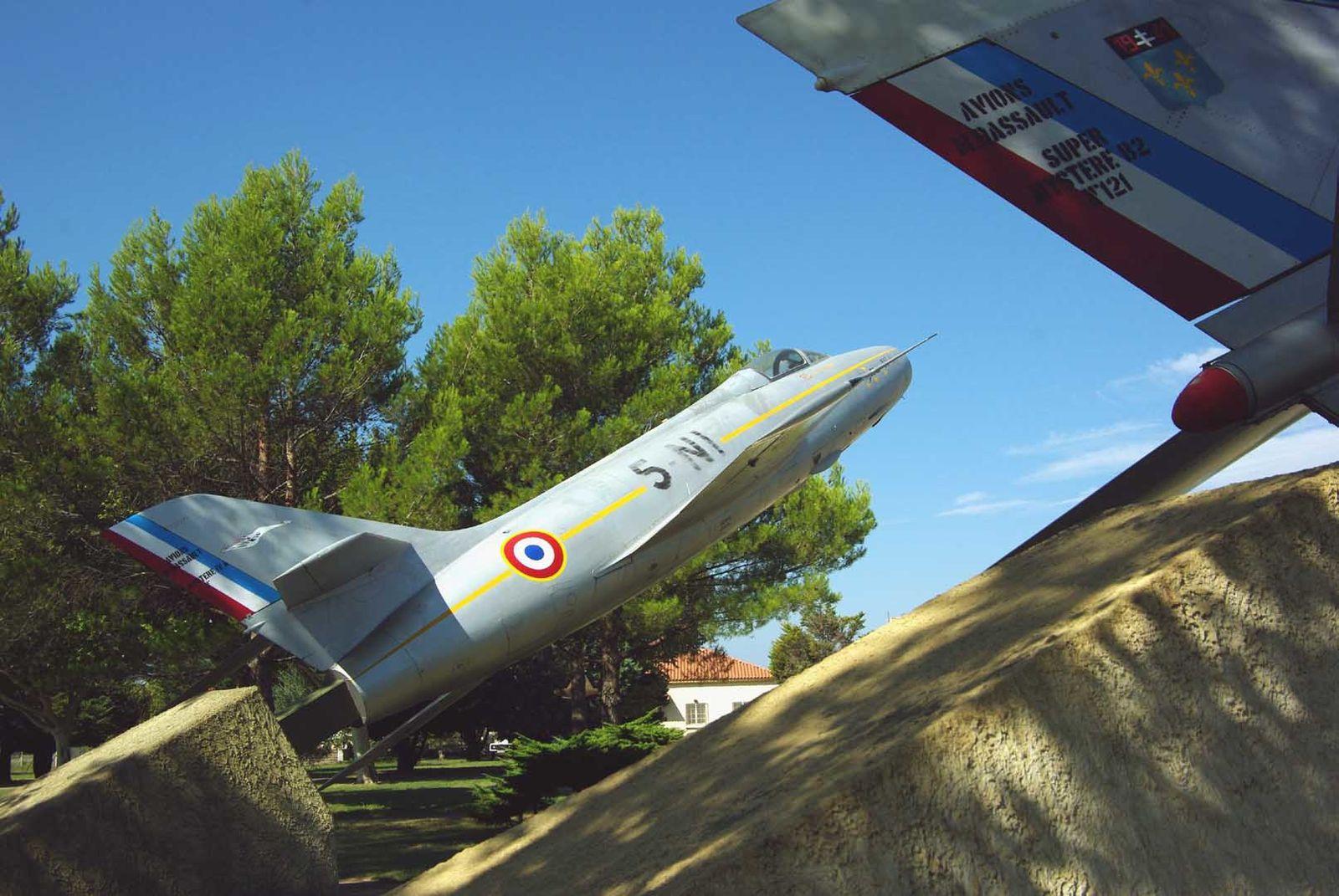 Le Dassault Mystère IVA N°89 peint comme le N°68.