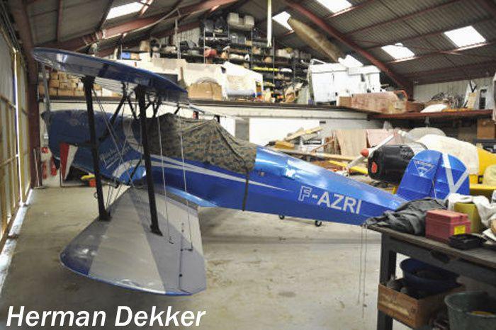 Le Bucker 131 Jungmann F-AZRI au Plessis-Belleville. (Photo: Herman Dekker)