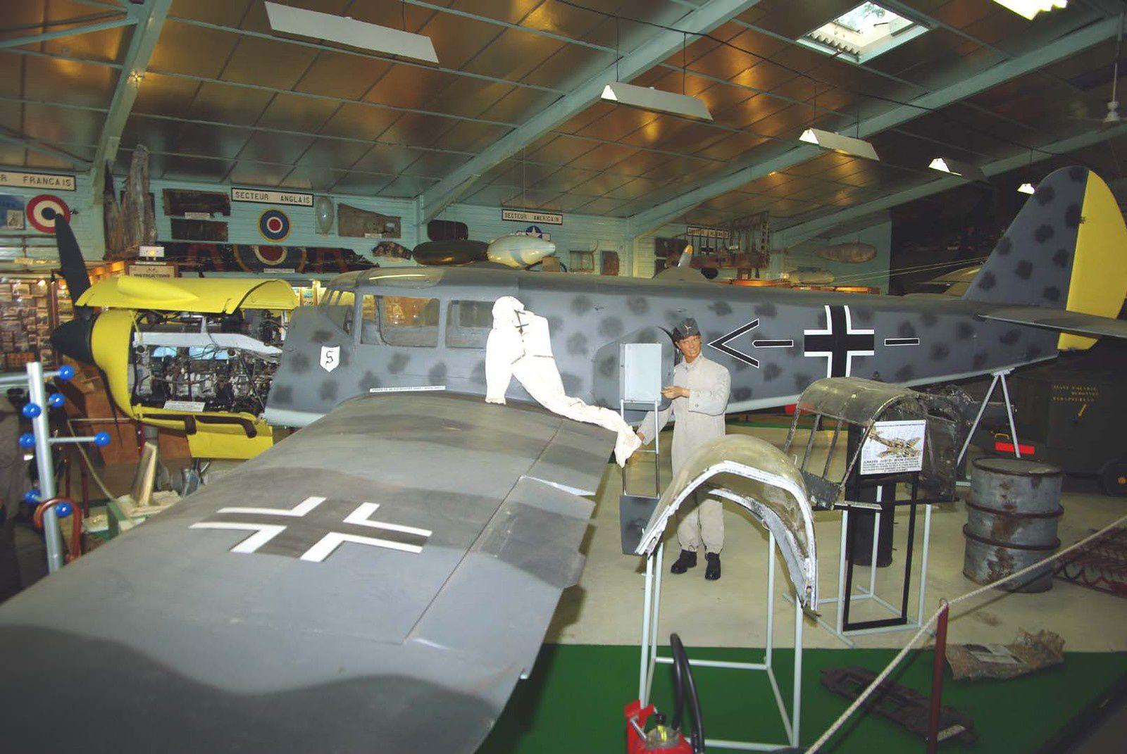 On ne connait pas le numéro de série du Nord 1101 Noralpha peint style Luftwaffe.