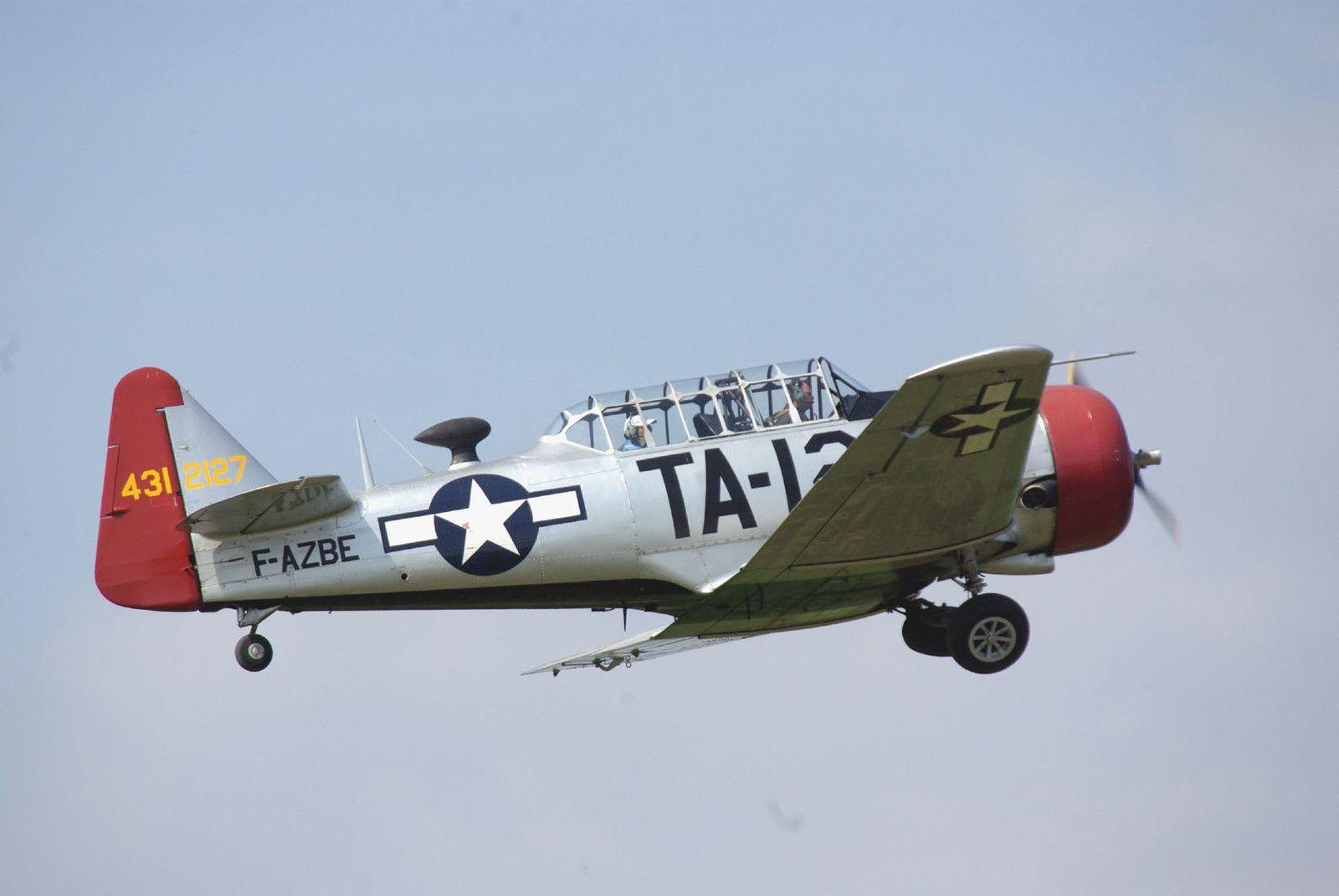 Le NA T6 F-AZBE