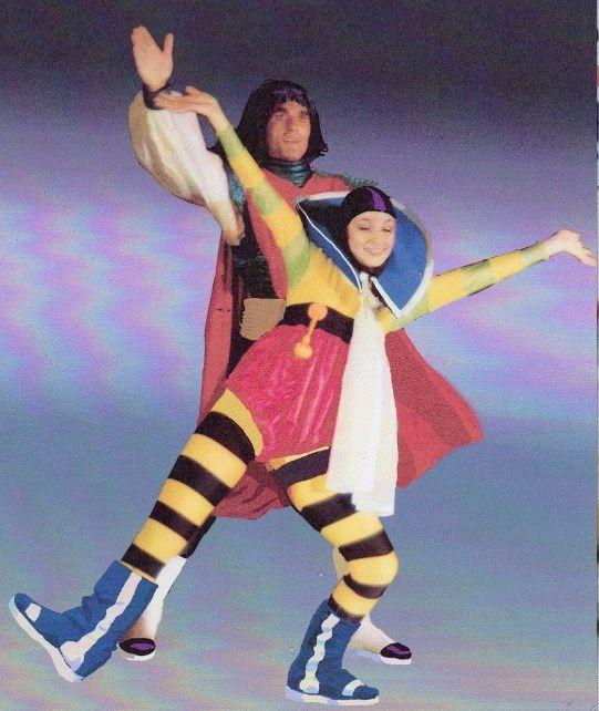 Axle Munshine et Musky dansant dans la comédie-ballet Le Vagabond des Limbes par la compagnie Avalena