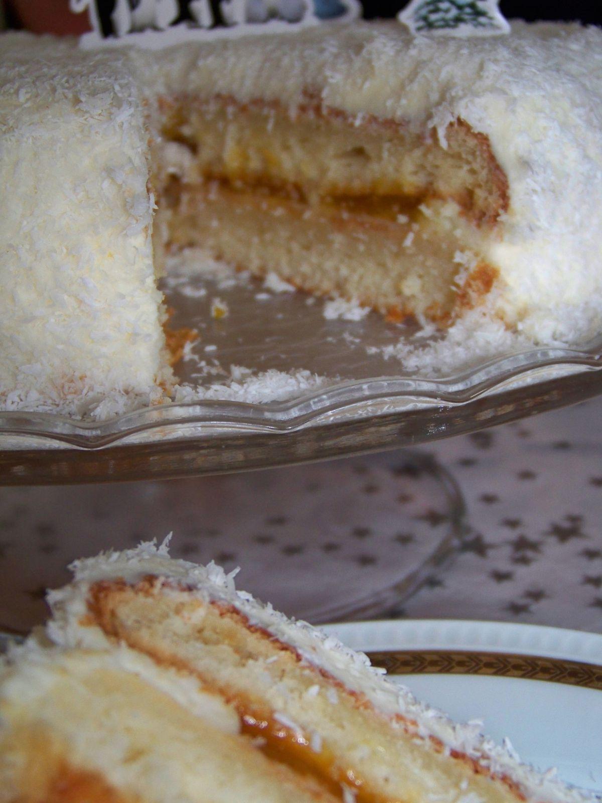Classic White Cake coco mangue