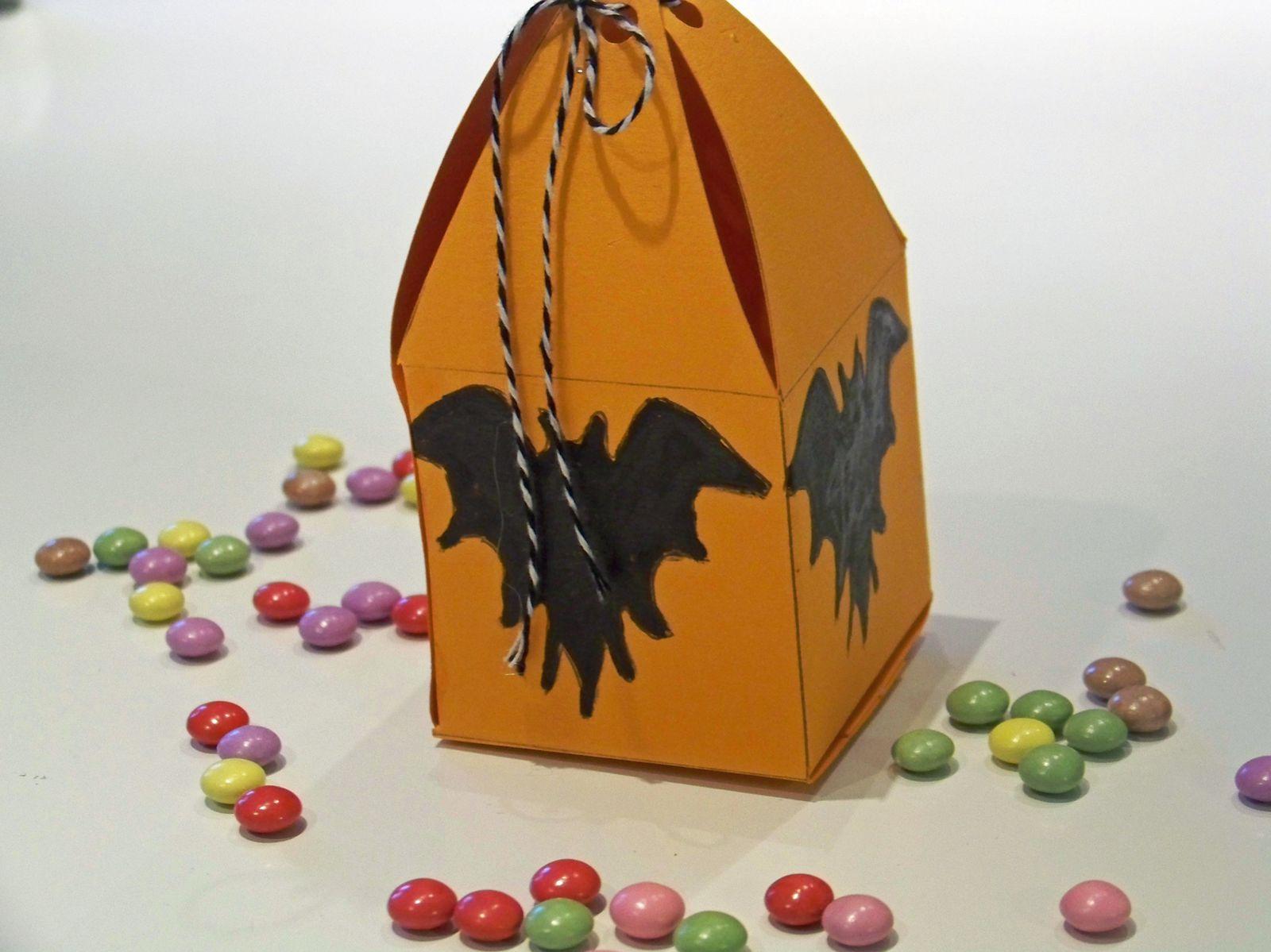 La boîte à bonbecs chauve souris !!!