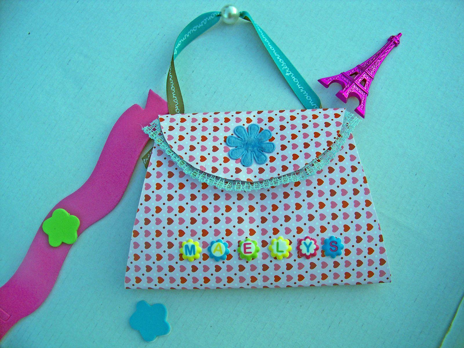 Forme sac à main pour carte girly !