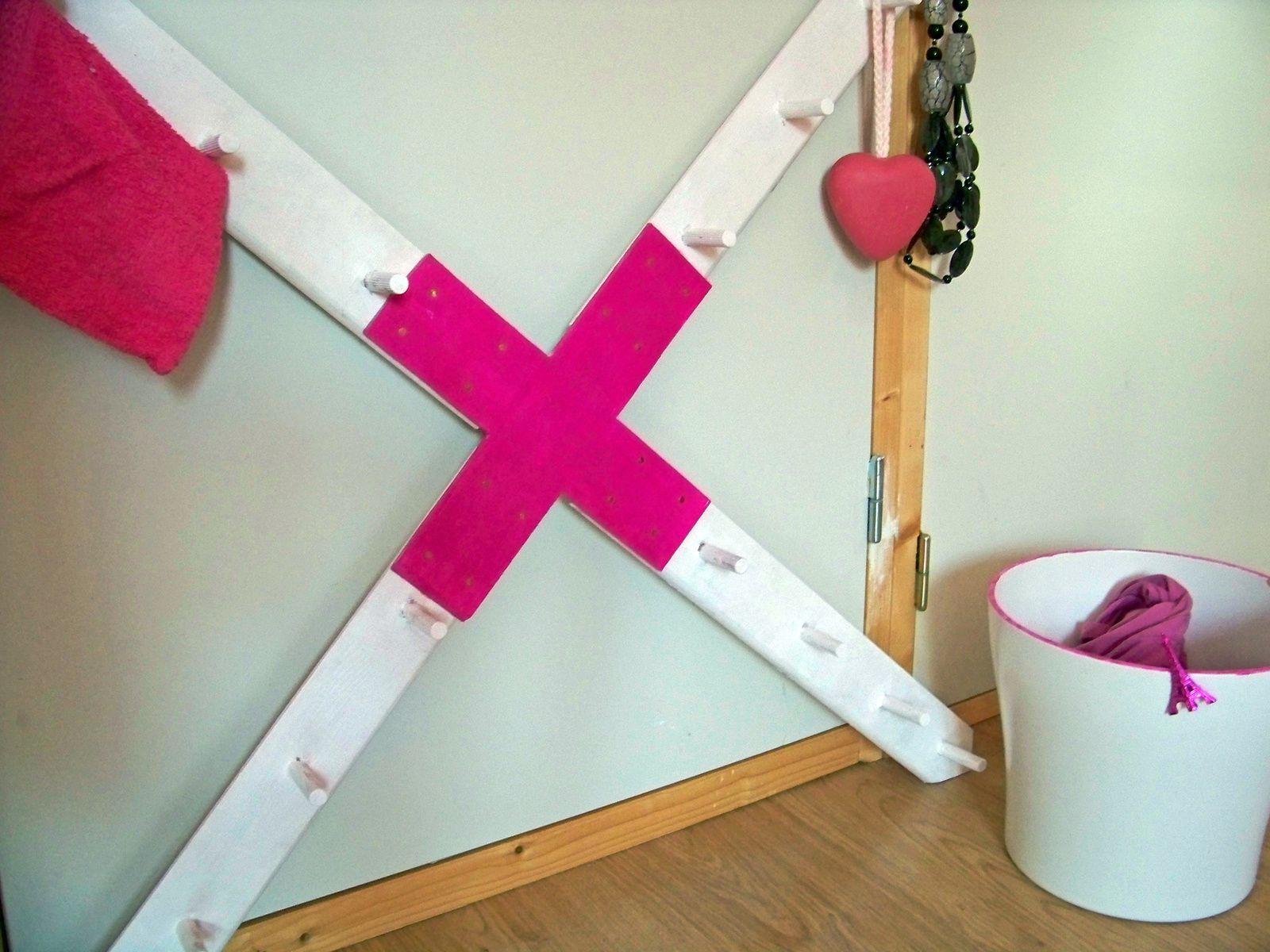 DIY :  Patères en forme de croix  pour ma salle de bain