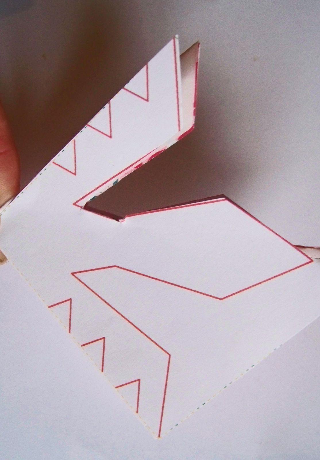 Les flocons en papier font la déco !