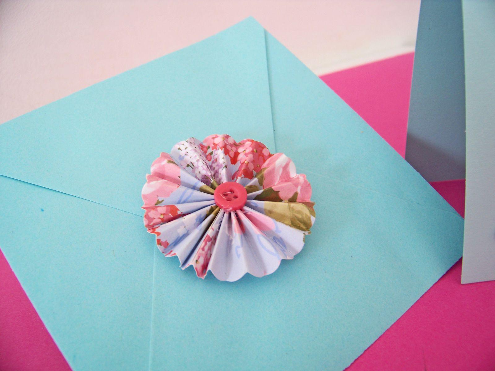 DIY: une carte handmade pas neuneu pour la fête des mères