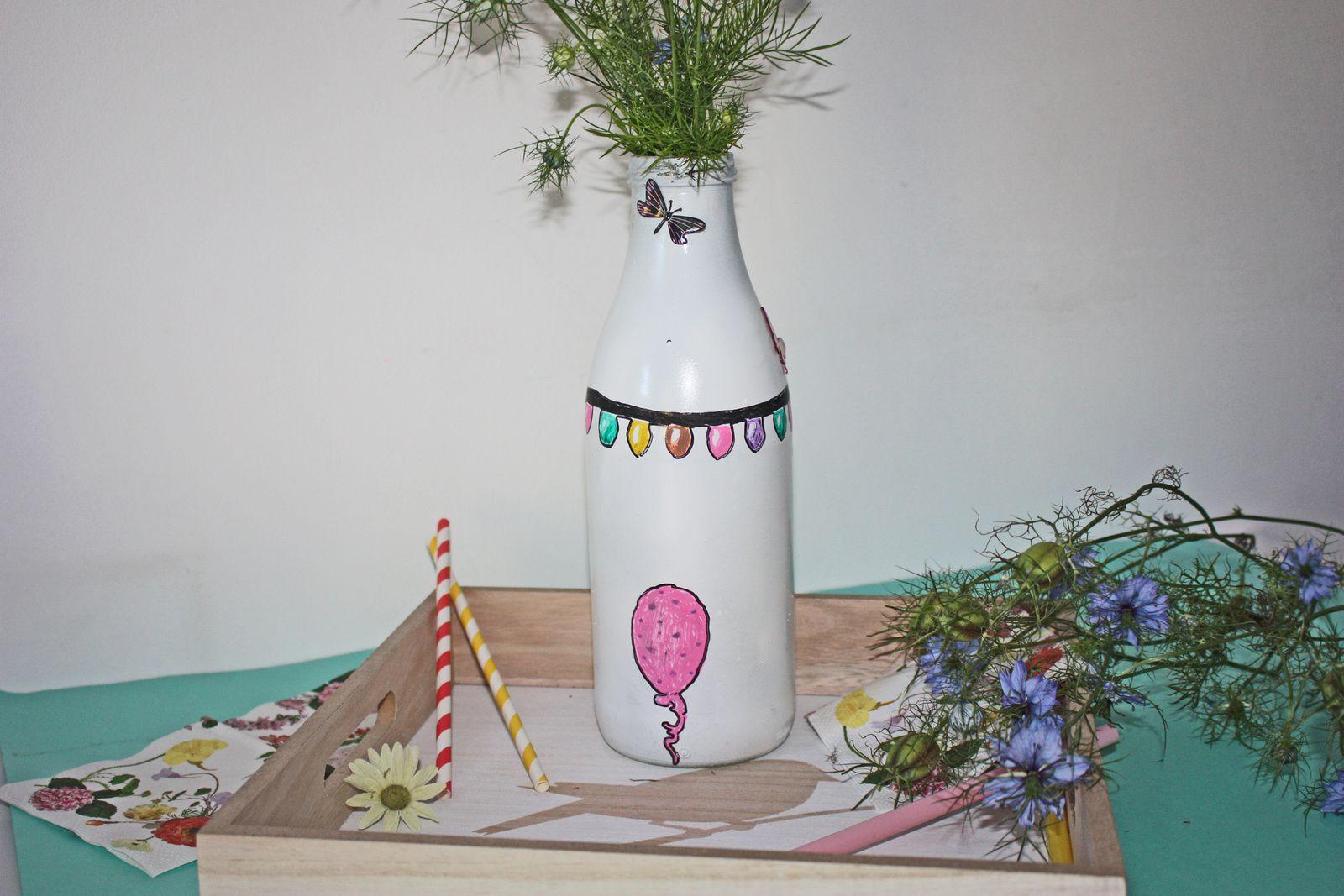 Un vase improvisé pour un bouquet champêtre !