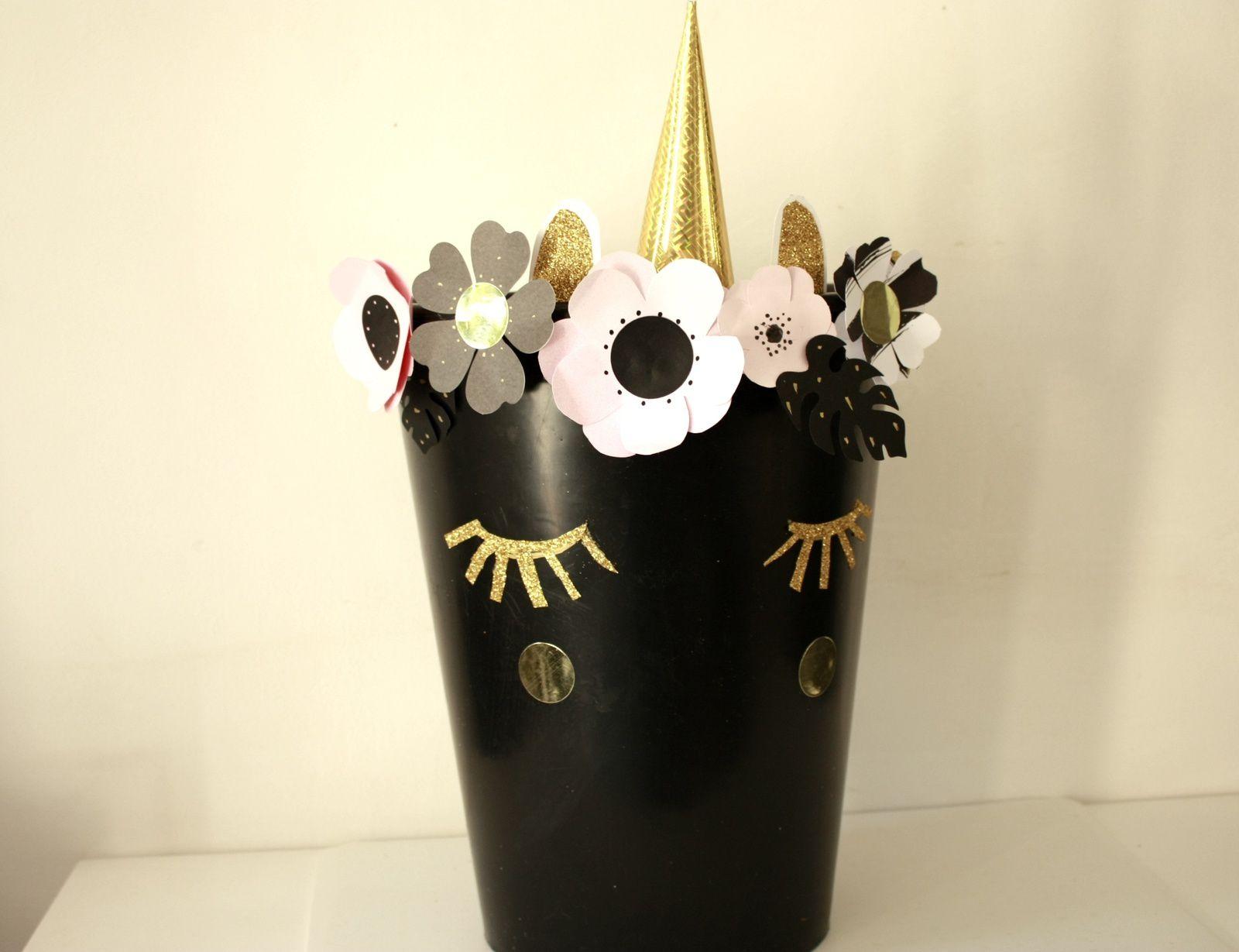 Un pot  licorne à l'allure féerique pour que les plantes soient à la fête !!