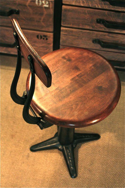 chaise industrielle (vendu)