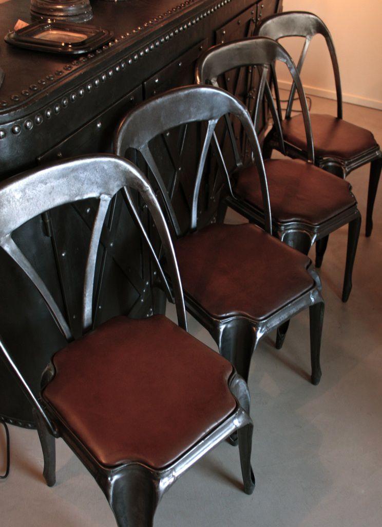 Chaises industrielles multipl's