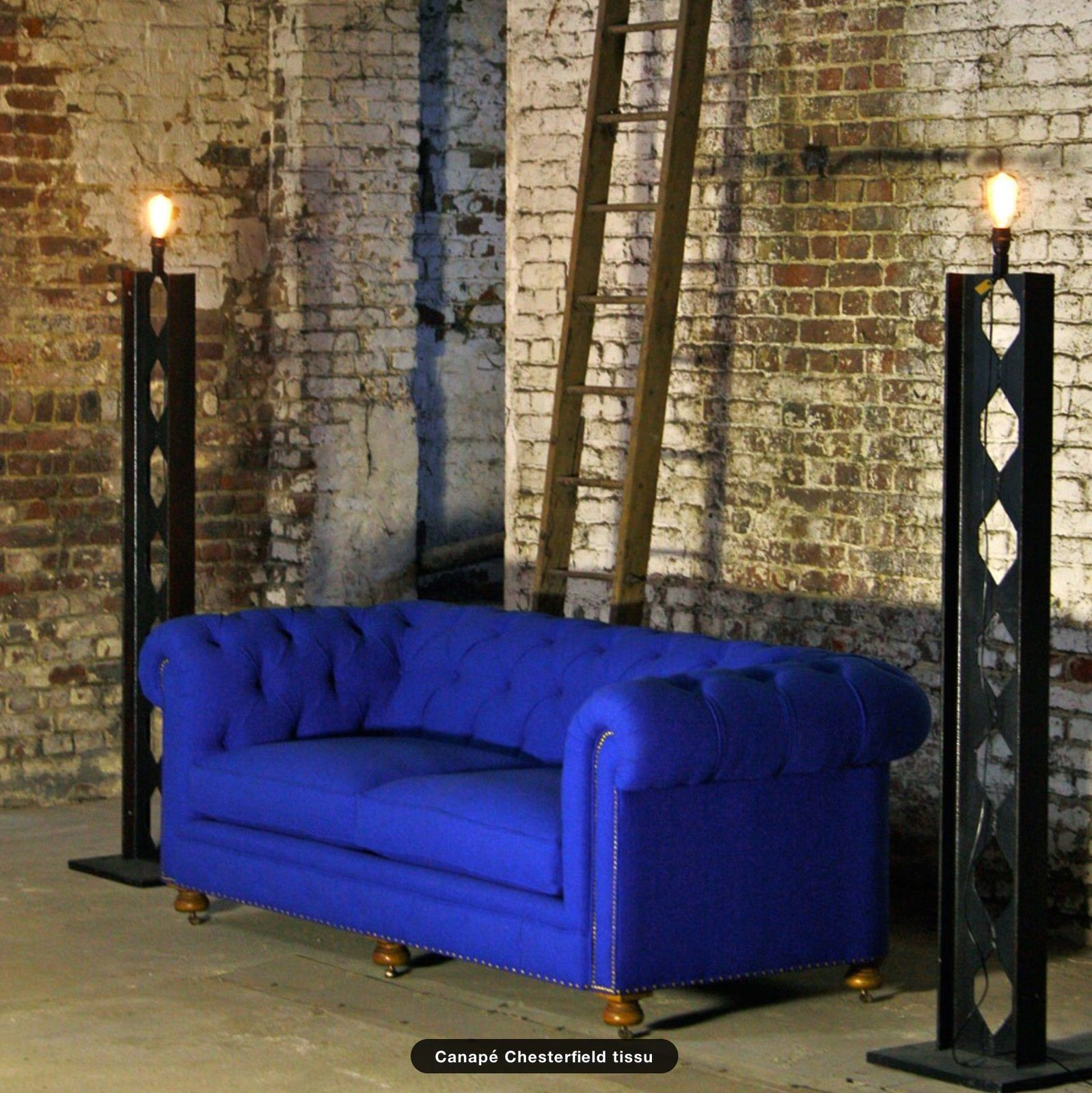 canap chesterfield tissu. Black Bedroom Furniture Sets. Home Design Ideas
