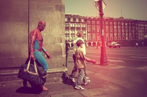 Cool Spiderman Carrying A Suitcase To Go Travel Zentaiway