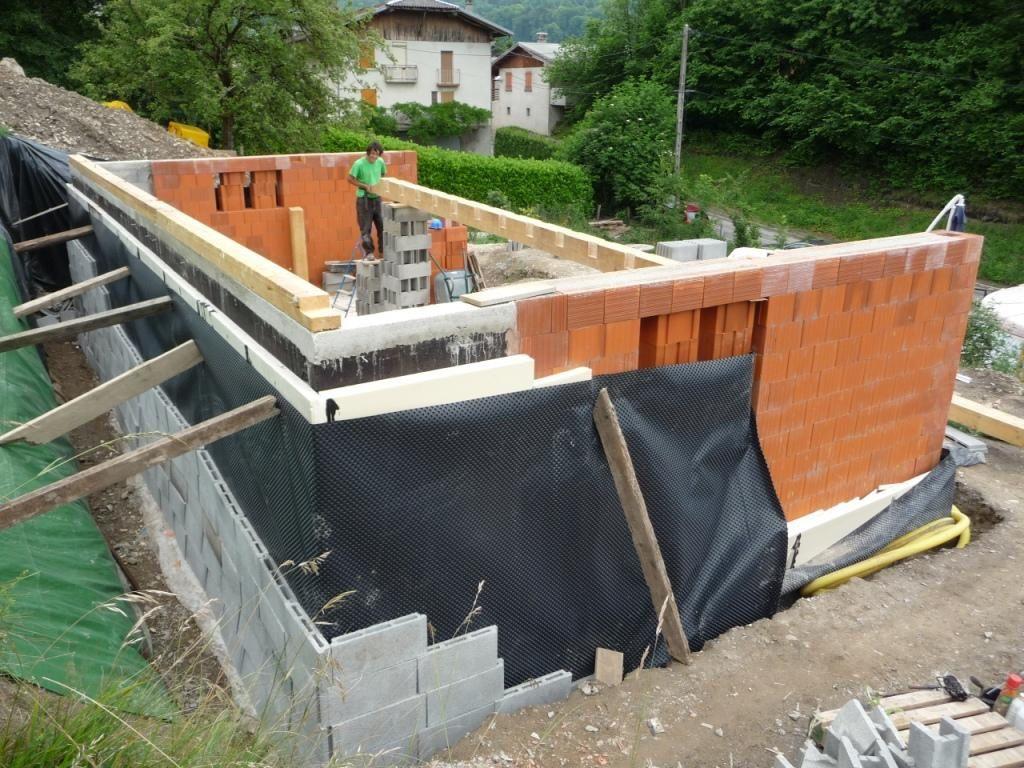 Maconnerie chantier maison for Enduit sur polystyrene extrude
