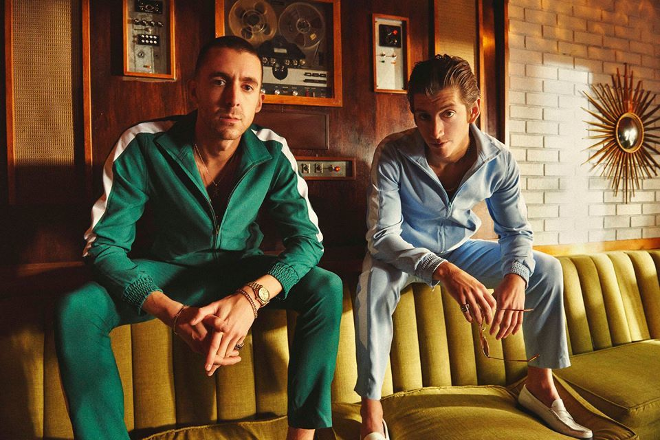 Un voyage à travers Everything You've Come To Expect des Last Shadow Puppets