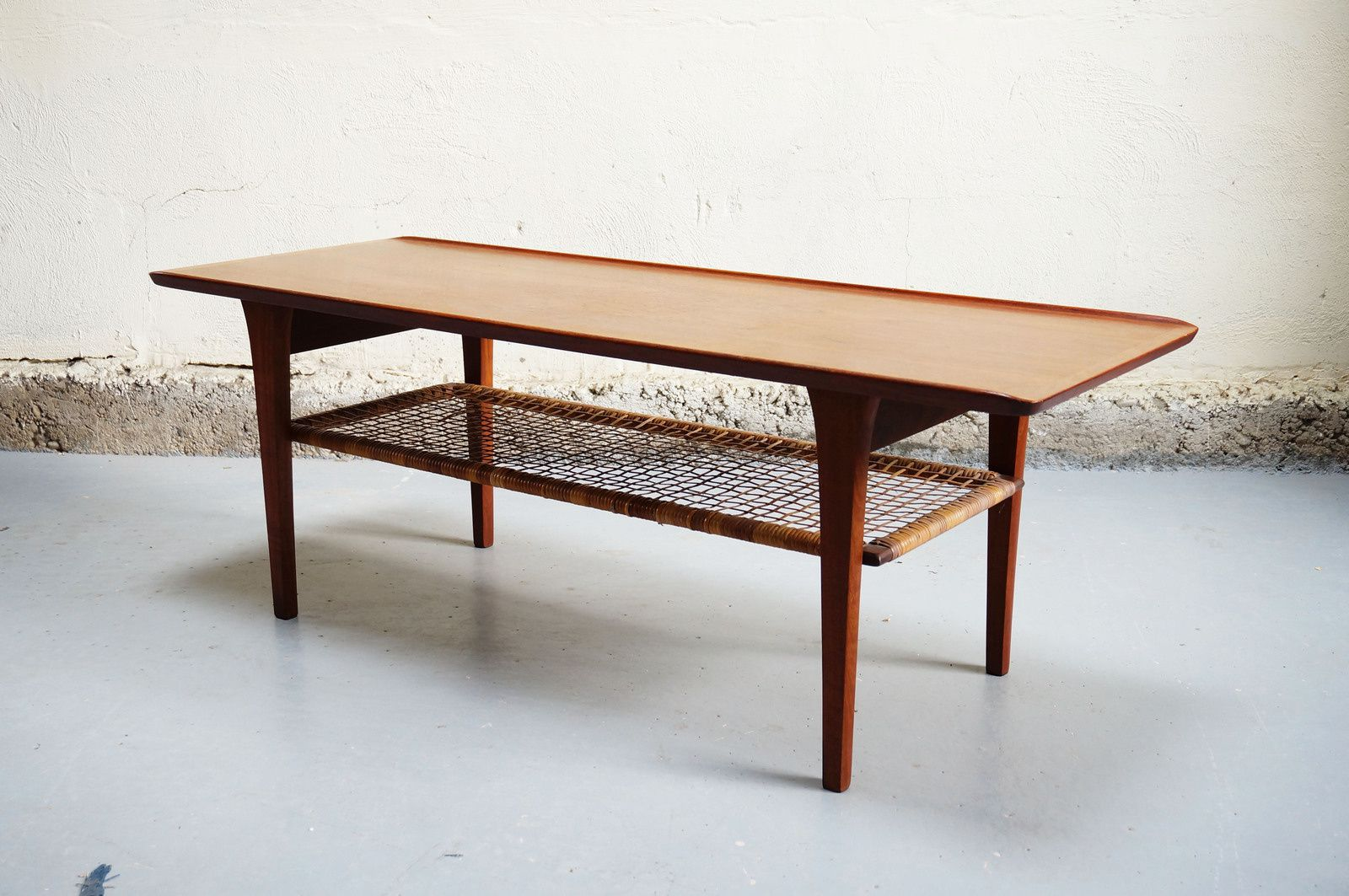 Table basse danoise scandinave teck mobelintarsia denmark for Table basse scandinave salon