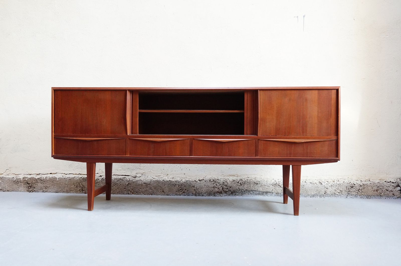 Enfilade vintage danoise teck scandinave design annees 50 for Architecture annees 60