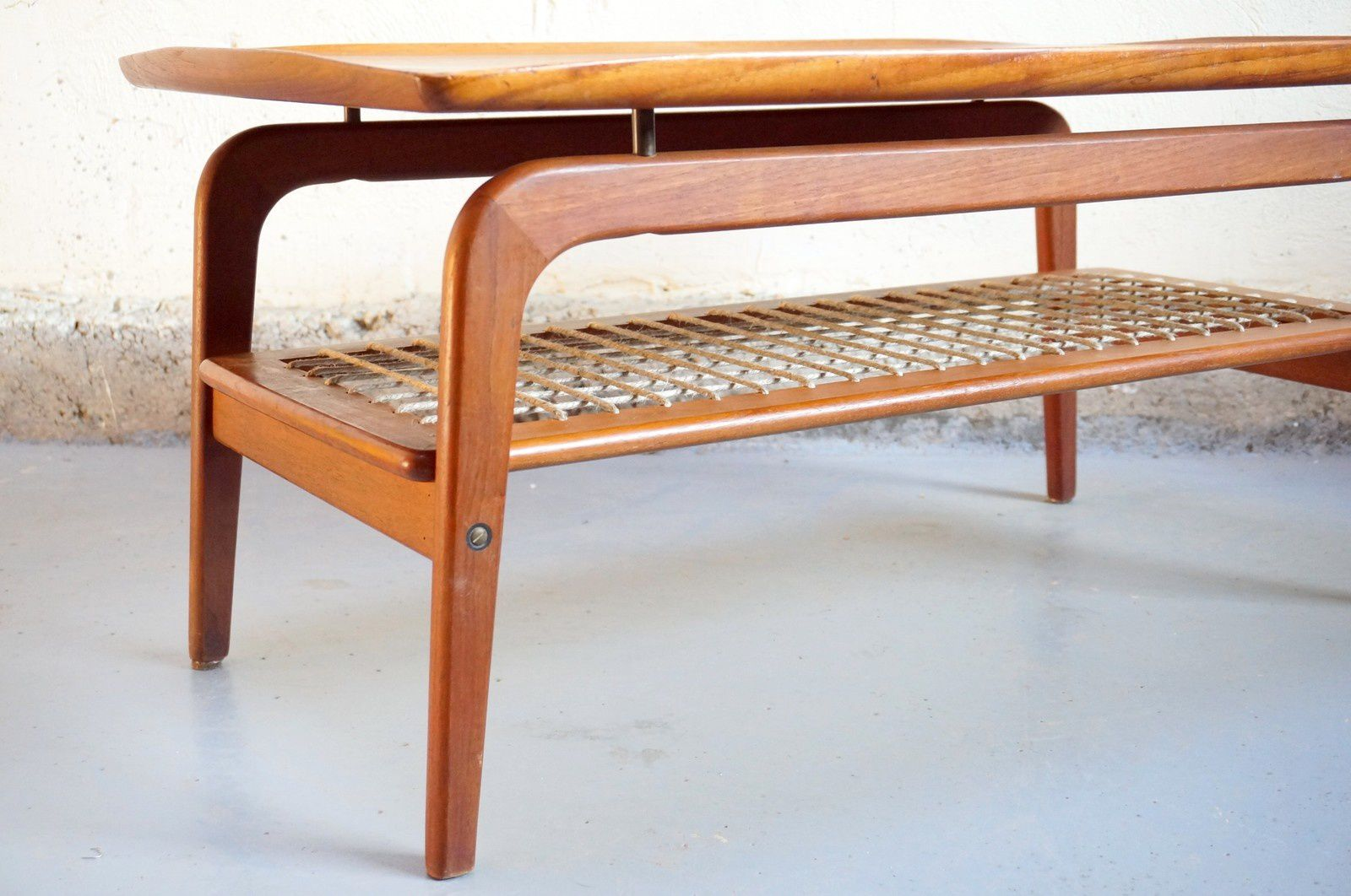 Vendu table basse scandinave danois design teck vintage - Table basse scandinave annee 50 ...