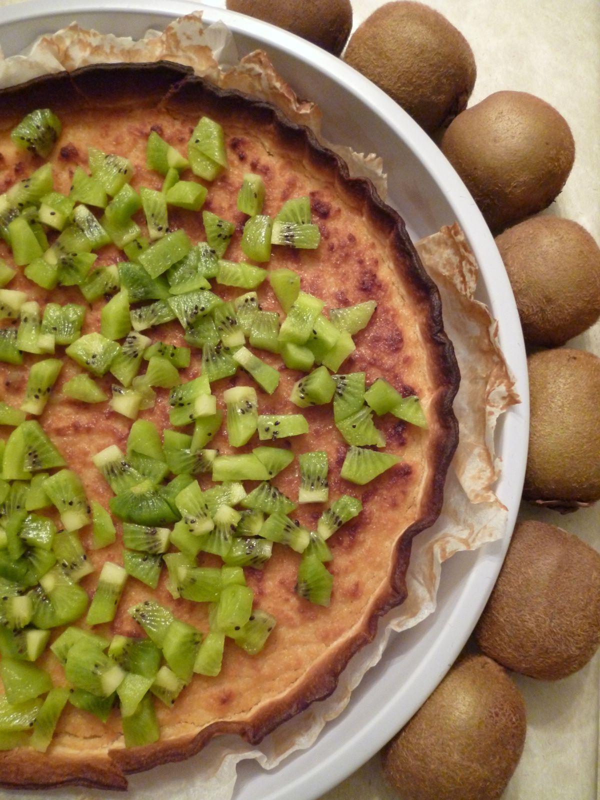 Tarte crème amandes-pommes et tartare de kiwi