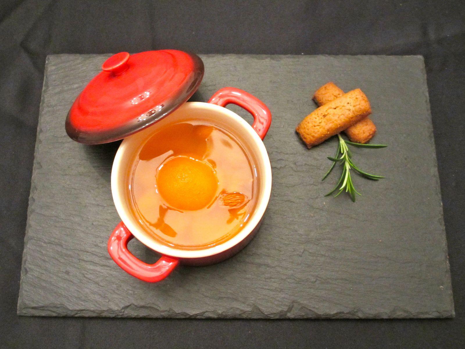 Abricots en gelée infusés au romarin et miel de châtaigne