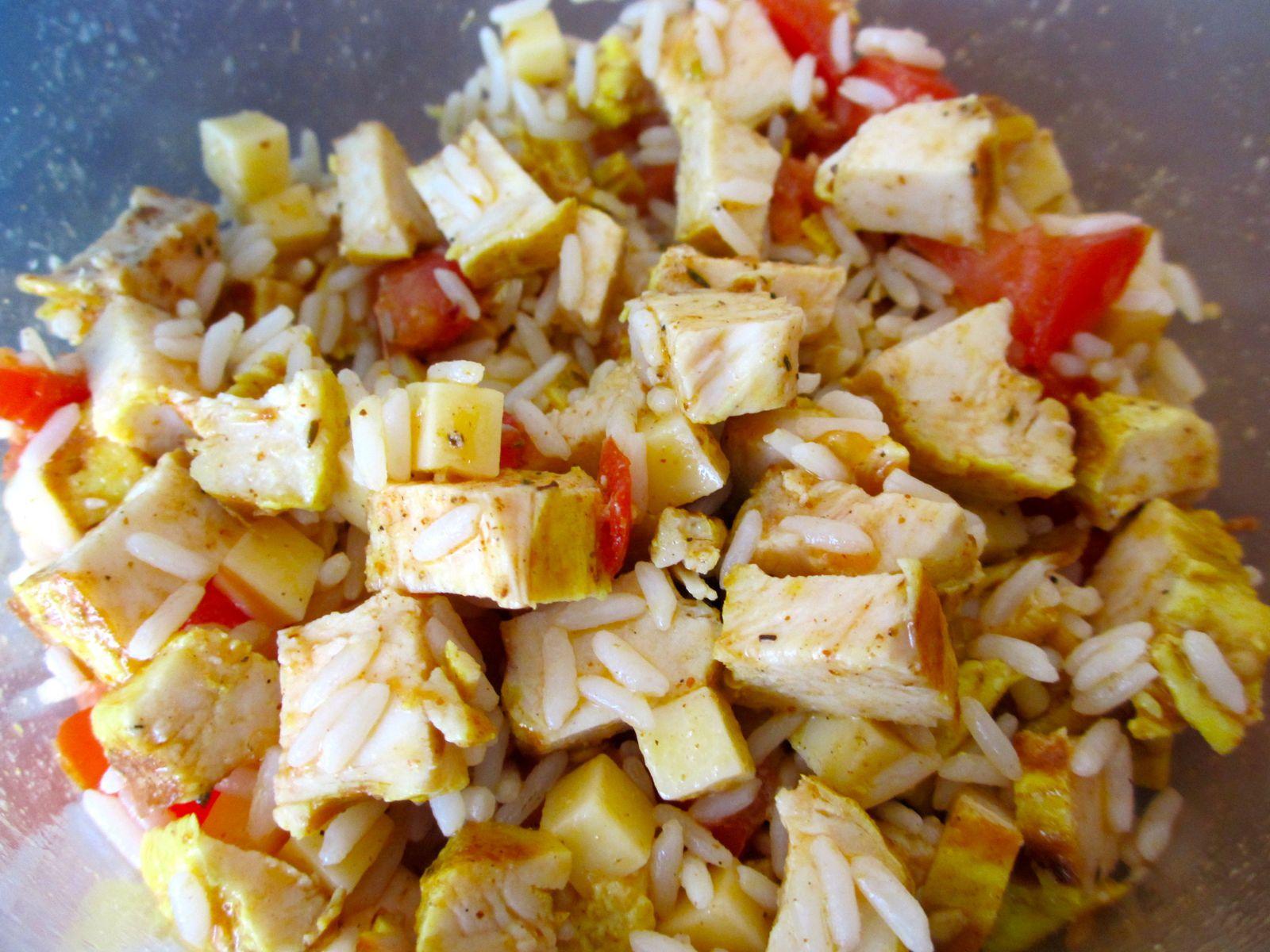 salade de riz au poulet recettes di t tiques et gourmandes. Black Bedroom Furniture Sets. Home Design Ideas