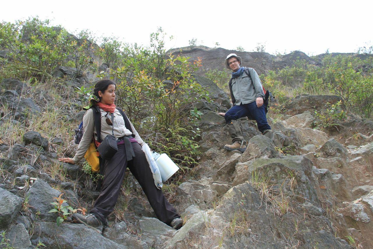 Paty et Loic dans la descente vers le lac
