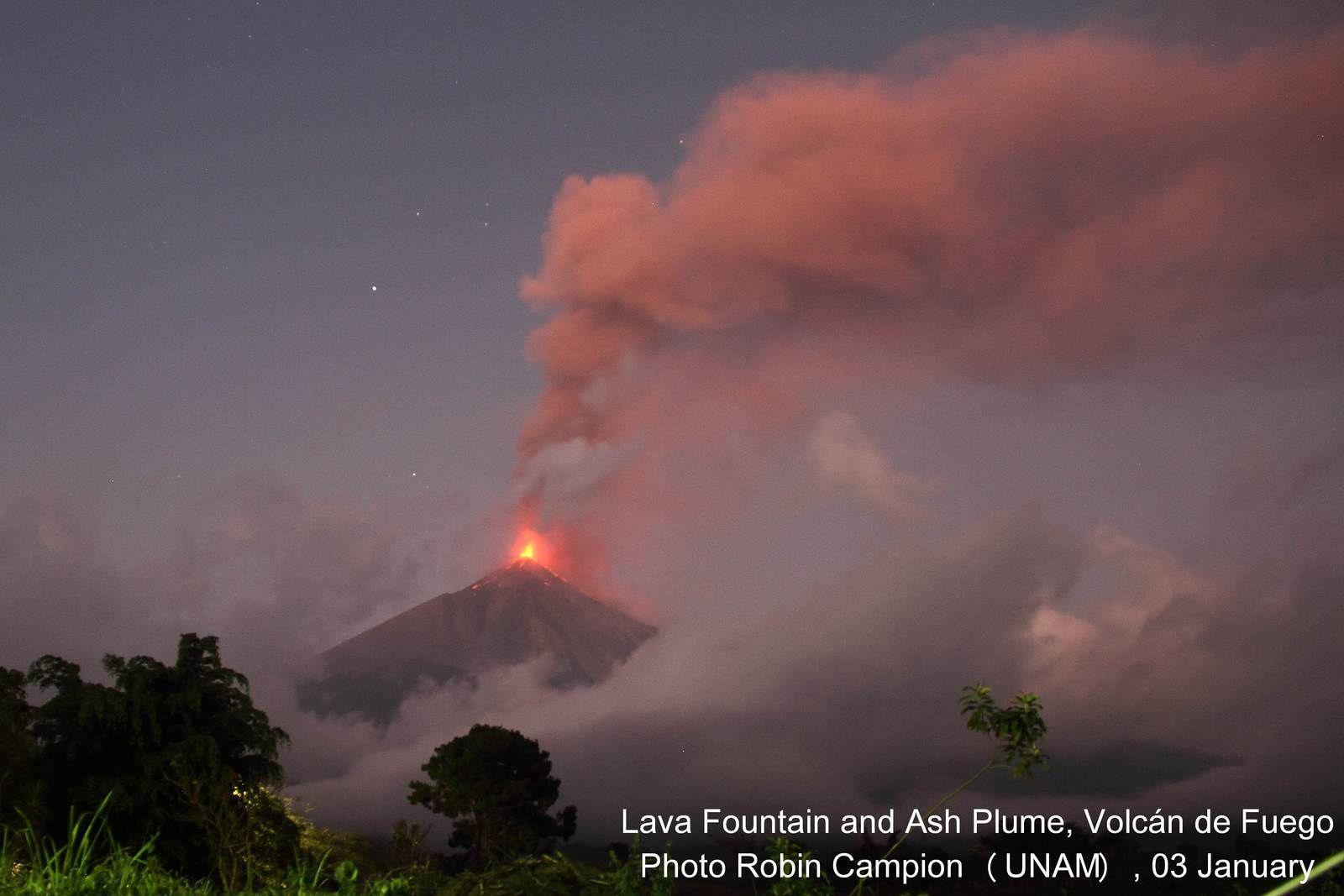 Paroxysme au Fuego (Guatemala)