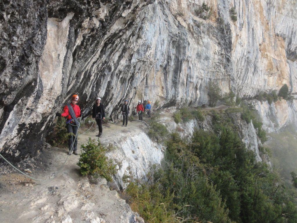 La cordée au complet: Quentin, Agathe, Galaad, Cyprien et Alexandre.