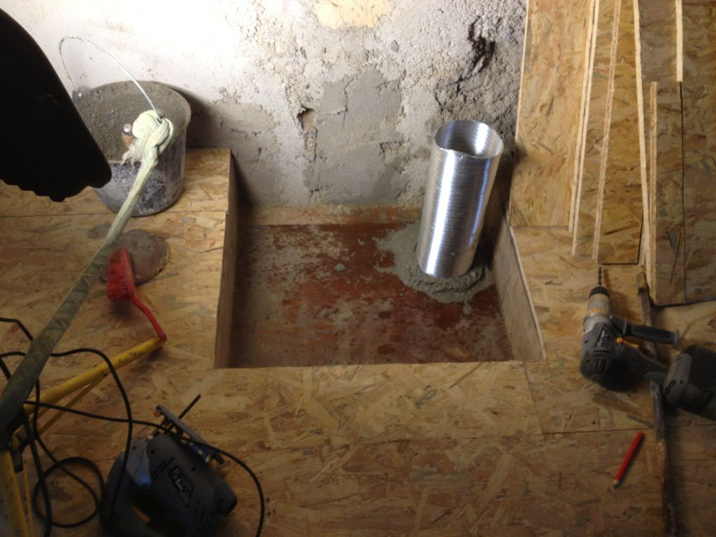 Fin d cembre 2012 pr paration socle du conduit de chemin e - Distributeur d air chaud pour insert ...