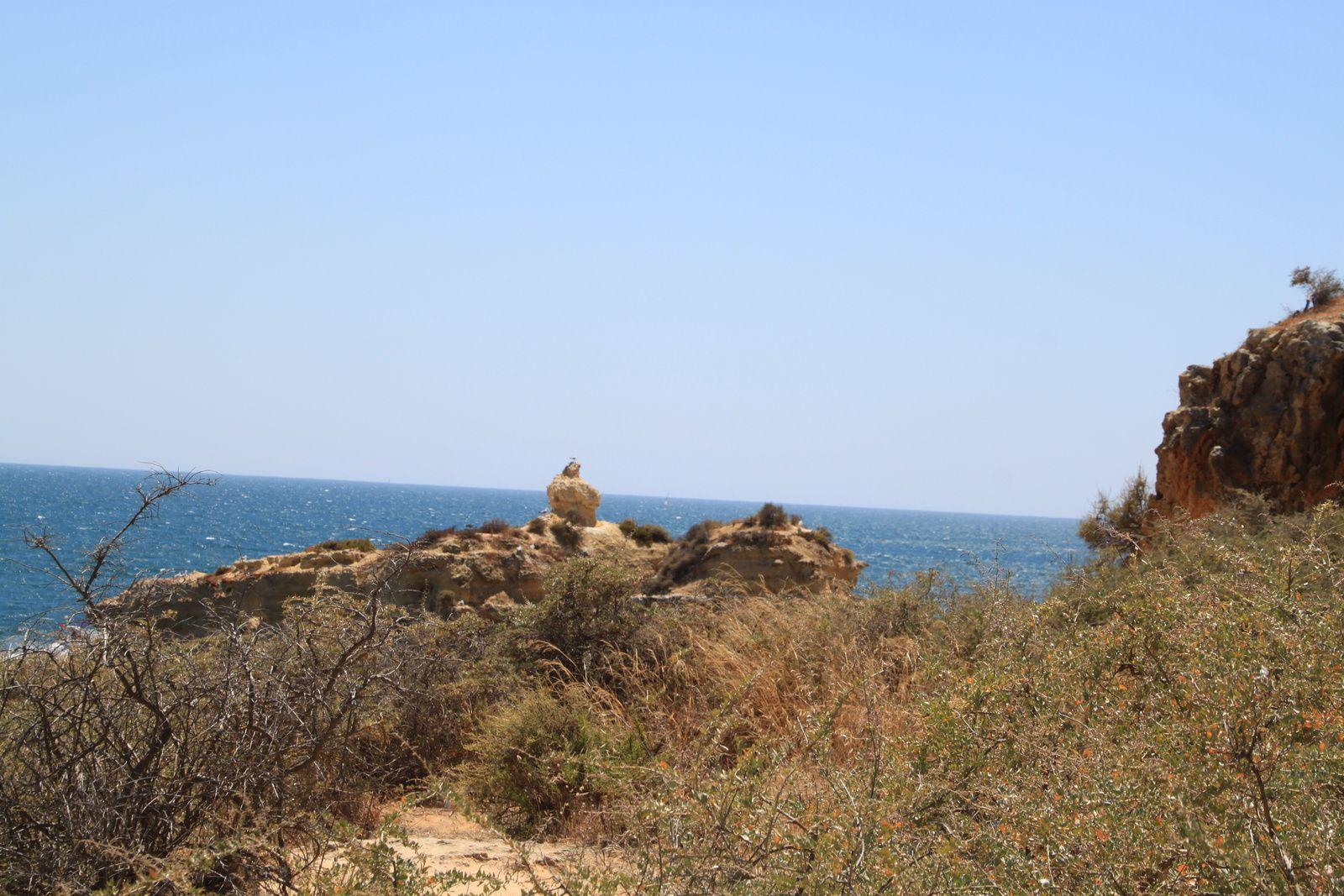 Praia Sao Raphael, Albufeira, le must pour rêver en bronzant...