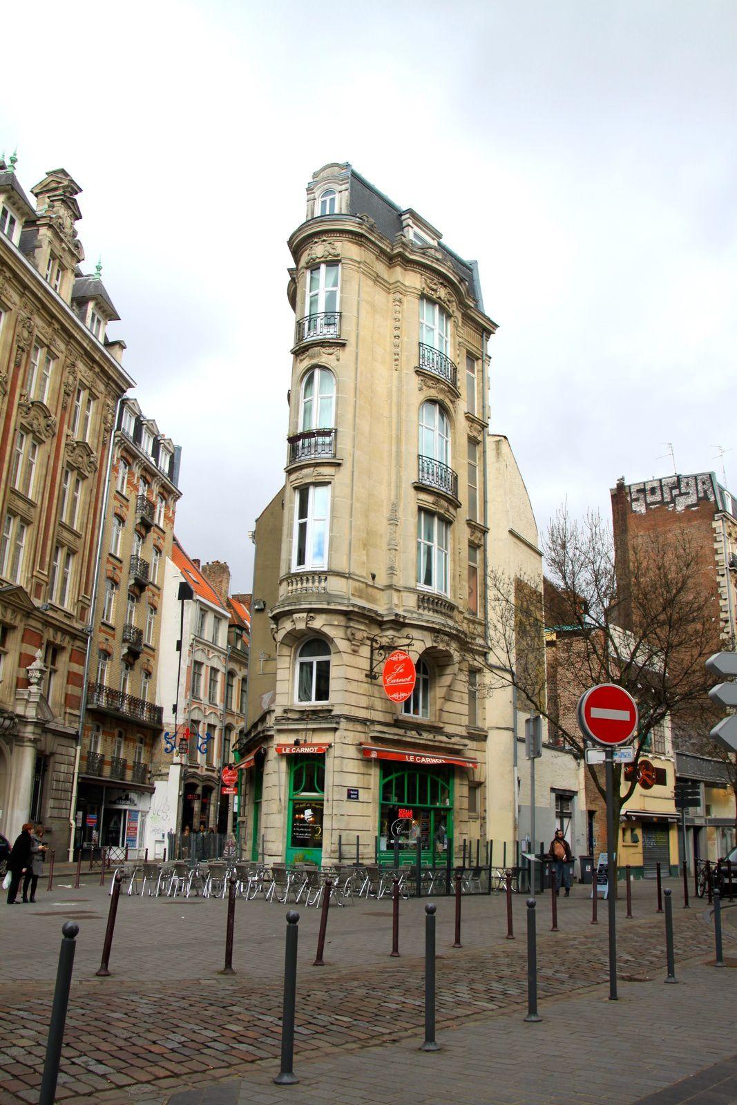 """Lille et ses belles rues, et le """"Flat Iron"""" Lillois &#x3B;))"""
