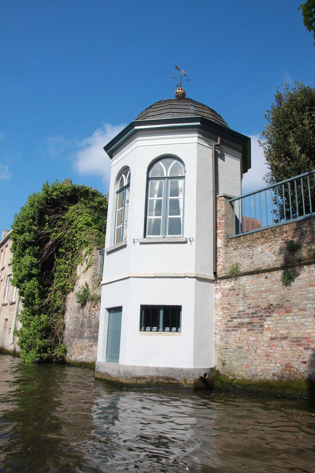 Les canaux de Bruges, un tour à faire