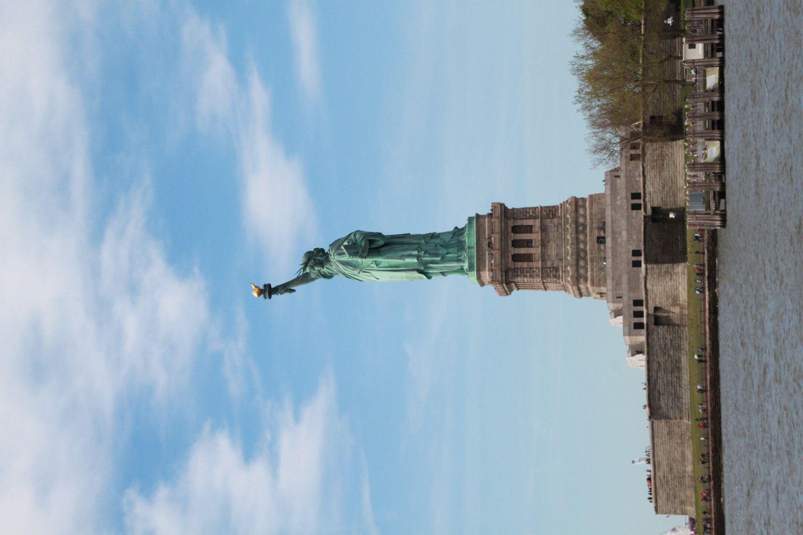 Ground 0, et départ pour Statue of Liberty...et Ellis Island