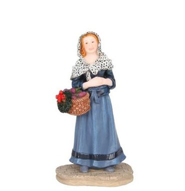601500 Madame Marie with basket