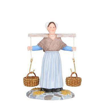 601582 Dora Van Den Oord carrying baskets