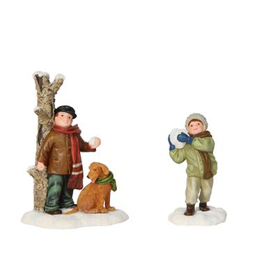 603019 Antoine and Max having snowfight set of 2