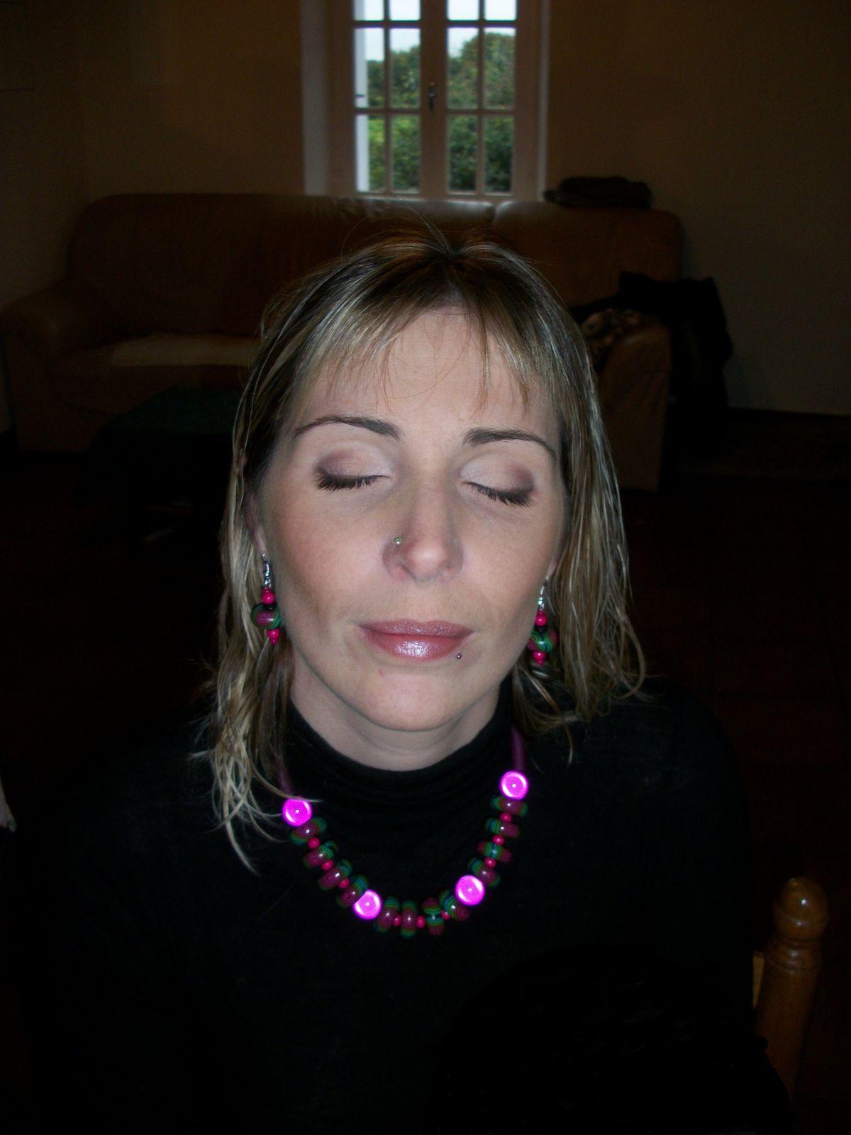 maquillage jour ode ode roxane l 39 clat de rose. Black Bedroom Furniture Sets. Home Design Ideas
