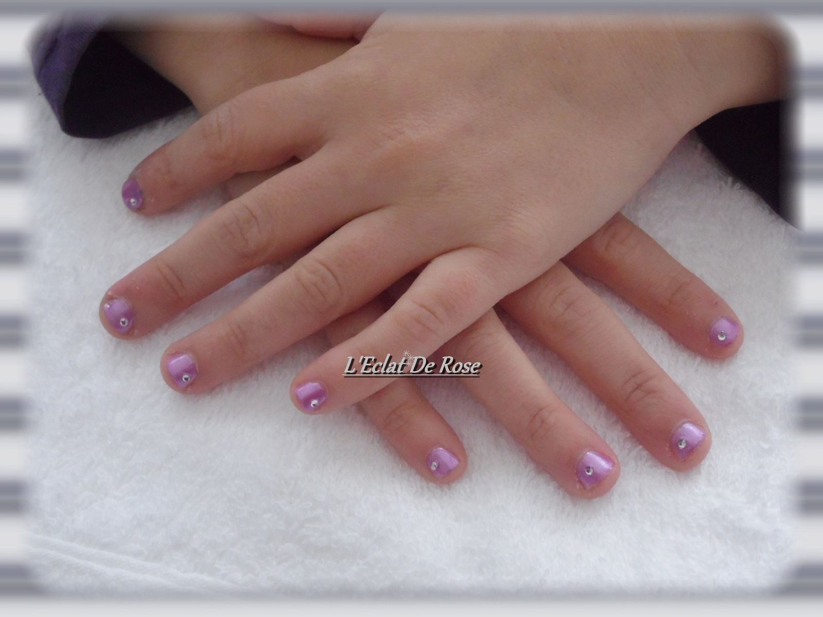 french manucure pour un mariage roxane l 39 clat de rose. Black Bedroom Furniture Sets. Home Design Ideas