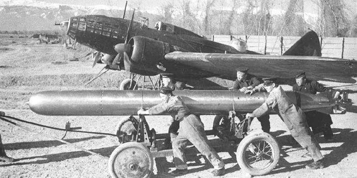 il-4 XUNTONG MODEL 1/48