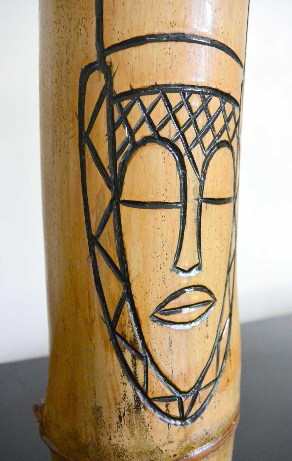 Vase Africain bambou gravé 33cm