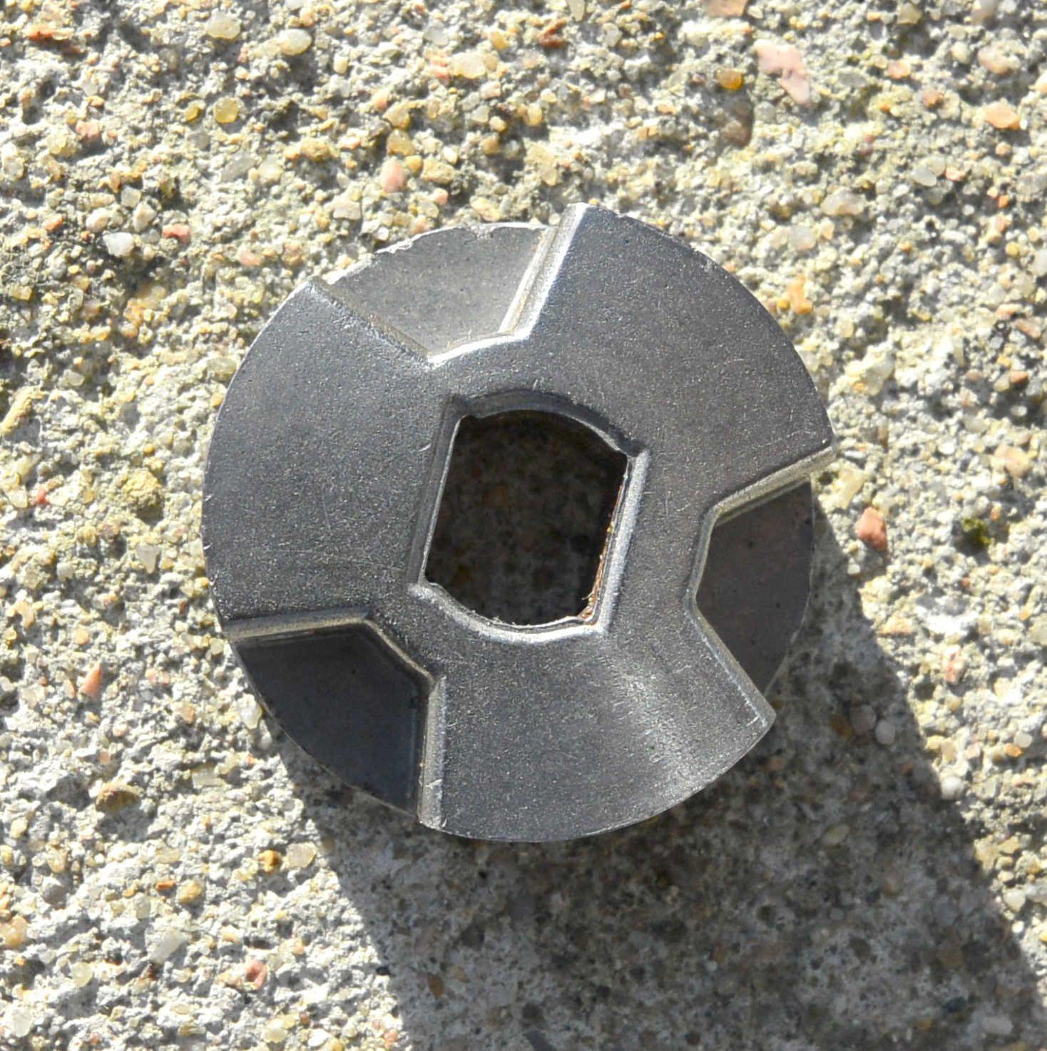 Pièces détachées pour tronçonneuse Bosch© AKE35S