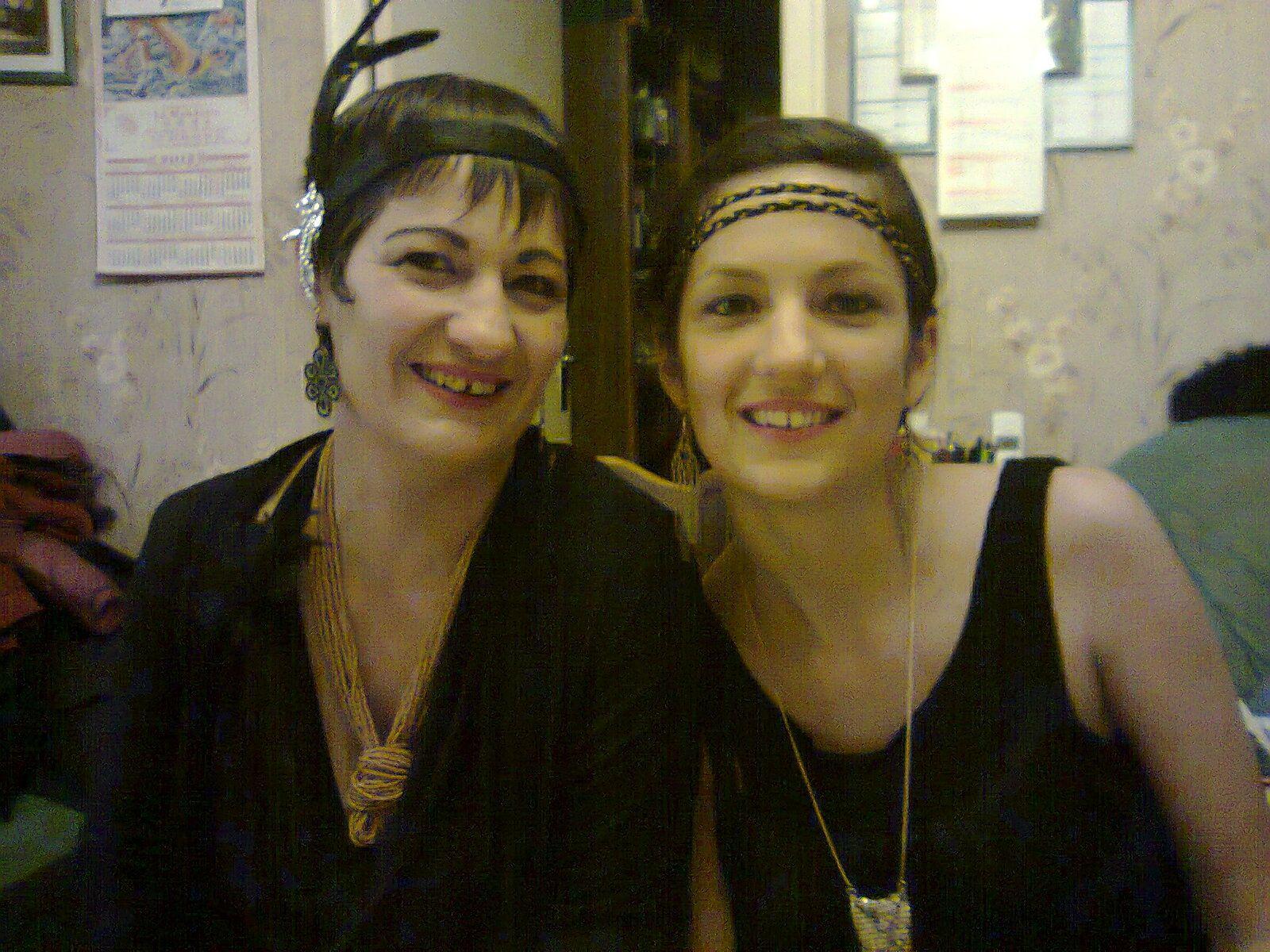 Cette femme n'est pas ma soeur mais ma Mamoune et oui, je sais, on se ressemble!