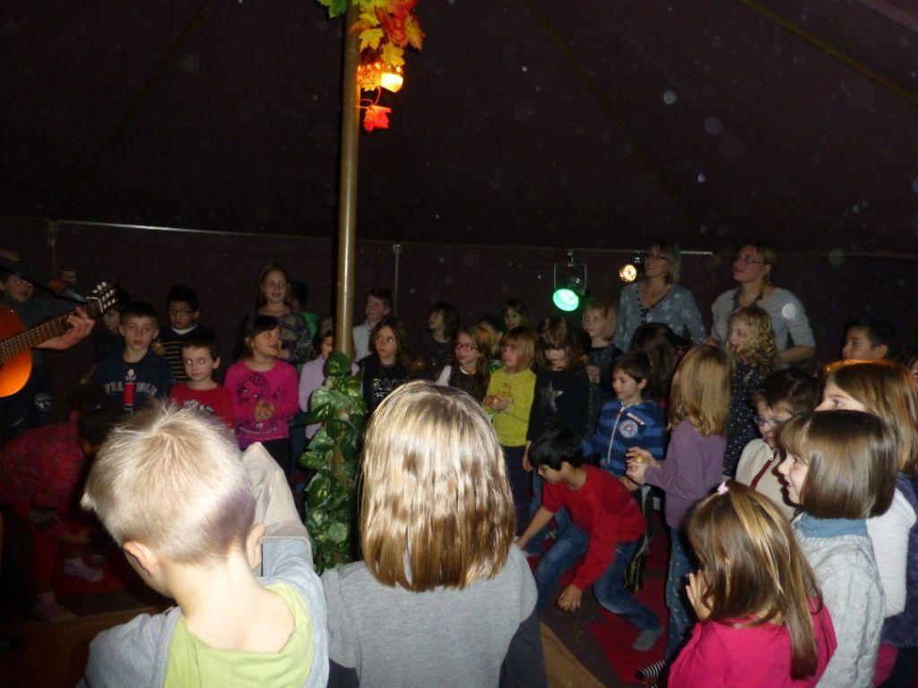 Photos de l'Arbre de Noël - Spectacle cp-ce1