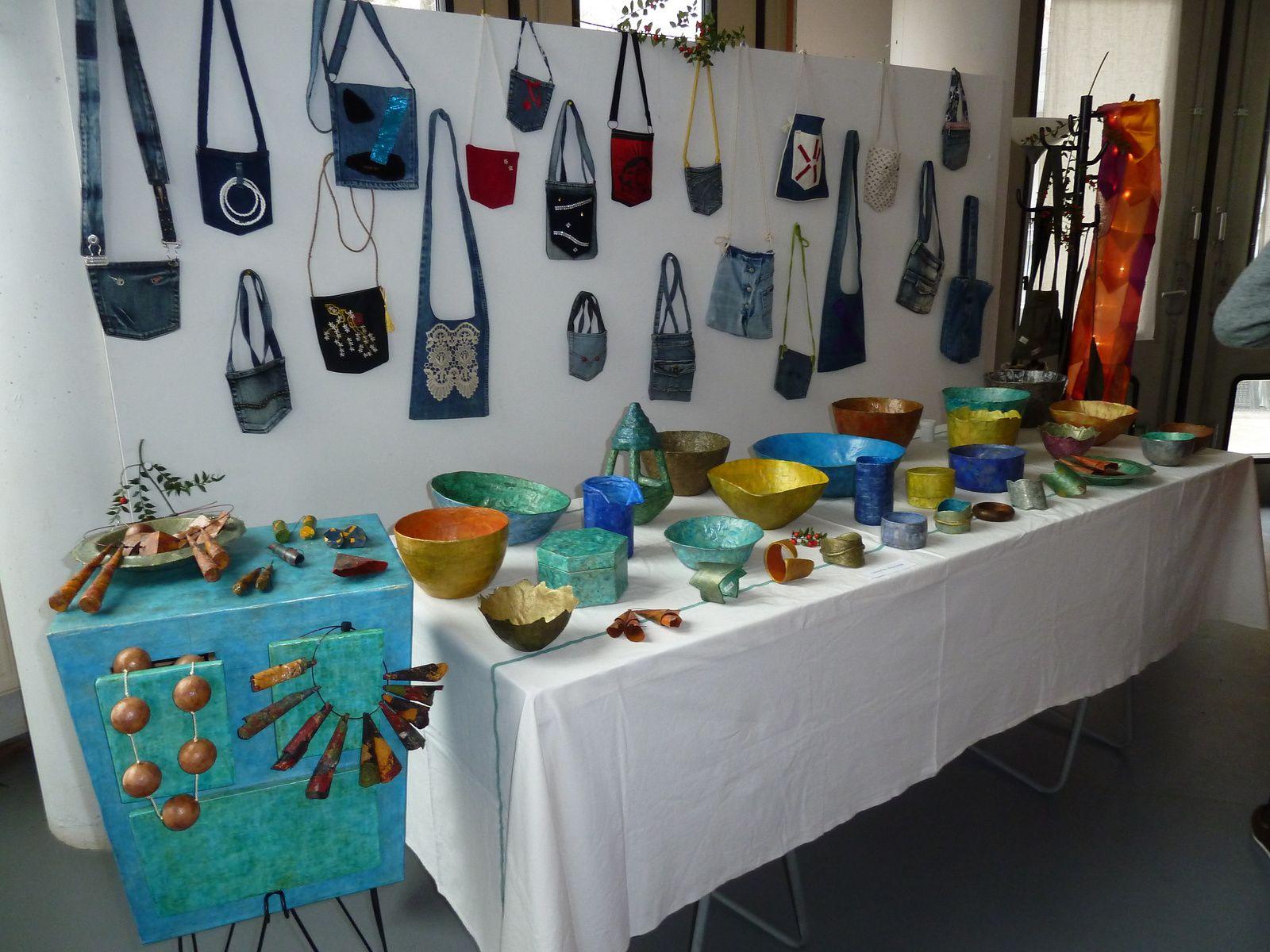 Le stand de Chantal Visscher - Exposition Denim, rétrospective 2000 - 2014 du 30 janvier au 24 février à Bienvenue à Bord