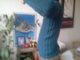 tricoté d'un seul morceau avec les aiguilles circulaires