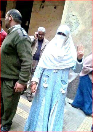 FATIMA  e il &quot&#x3B;branco&quot&#x3B;: poliziotti in Egitto