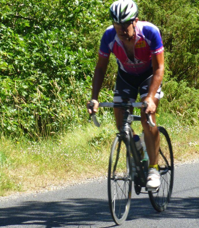 J'ai réussi à prendre la roue à Romain Bardet (petite ressemblance avec Diégo Rosa selon toute l'équipe).