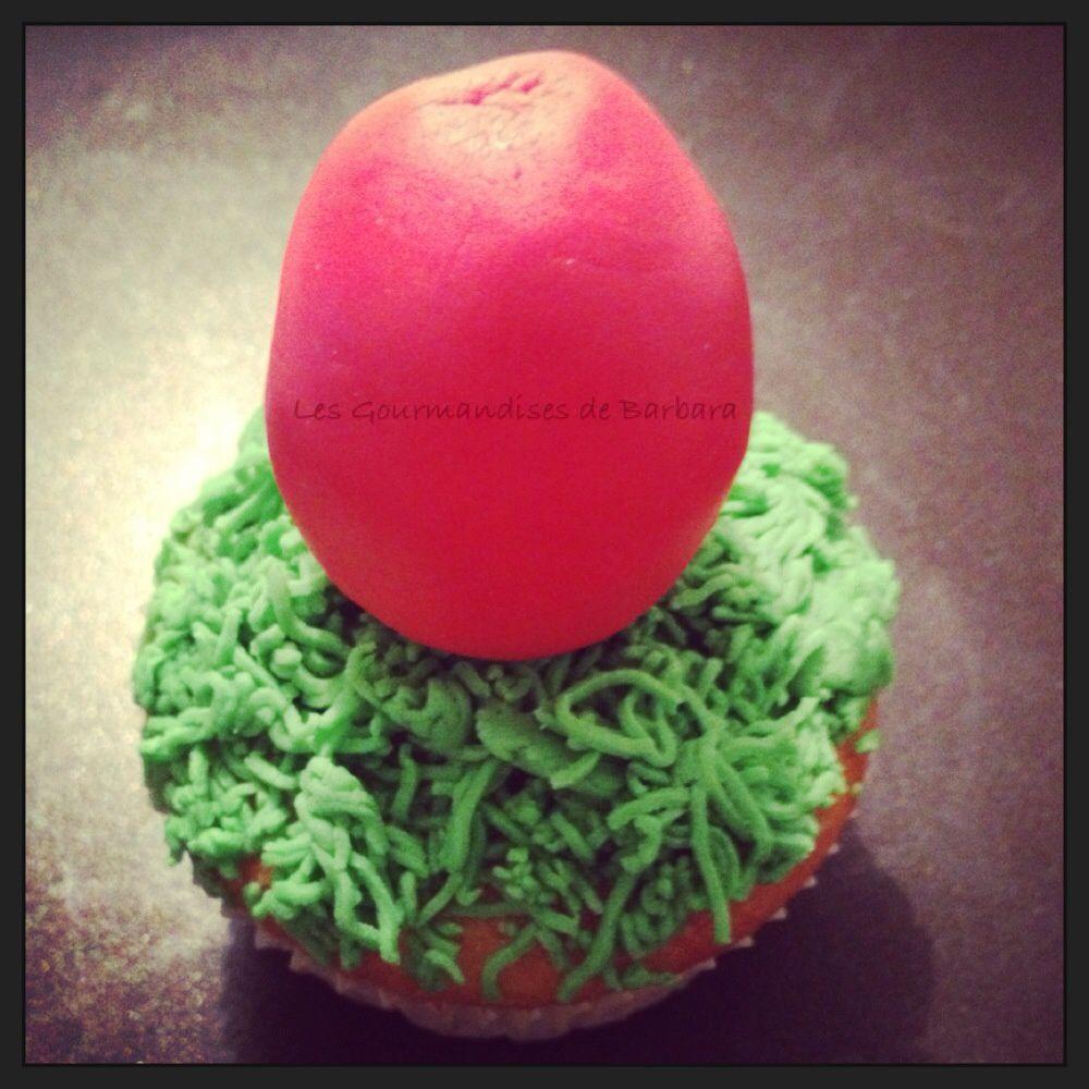 """cupcake """"oeuf dans le jardin"""" de Léo"""