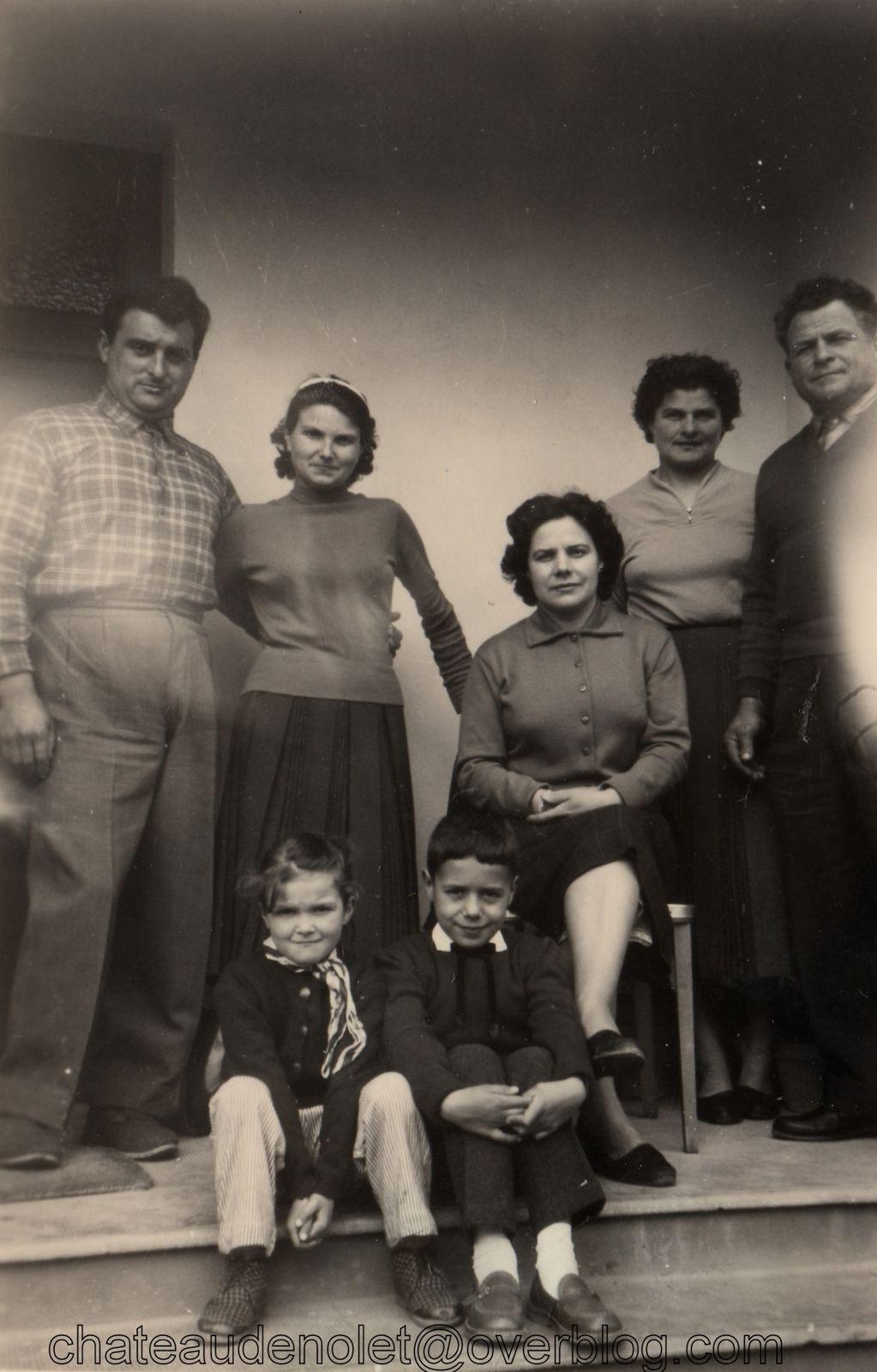 Jean et Mauricette Carol, Danielle leur fille, Sylvain Paolpi et son épouse. Ma mère jacky