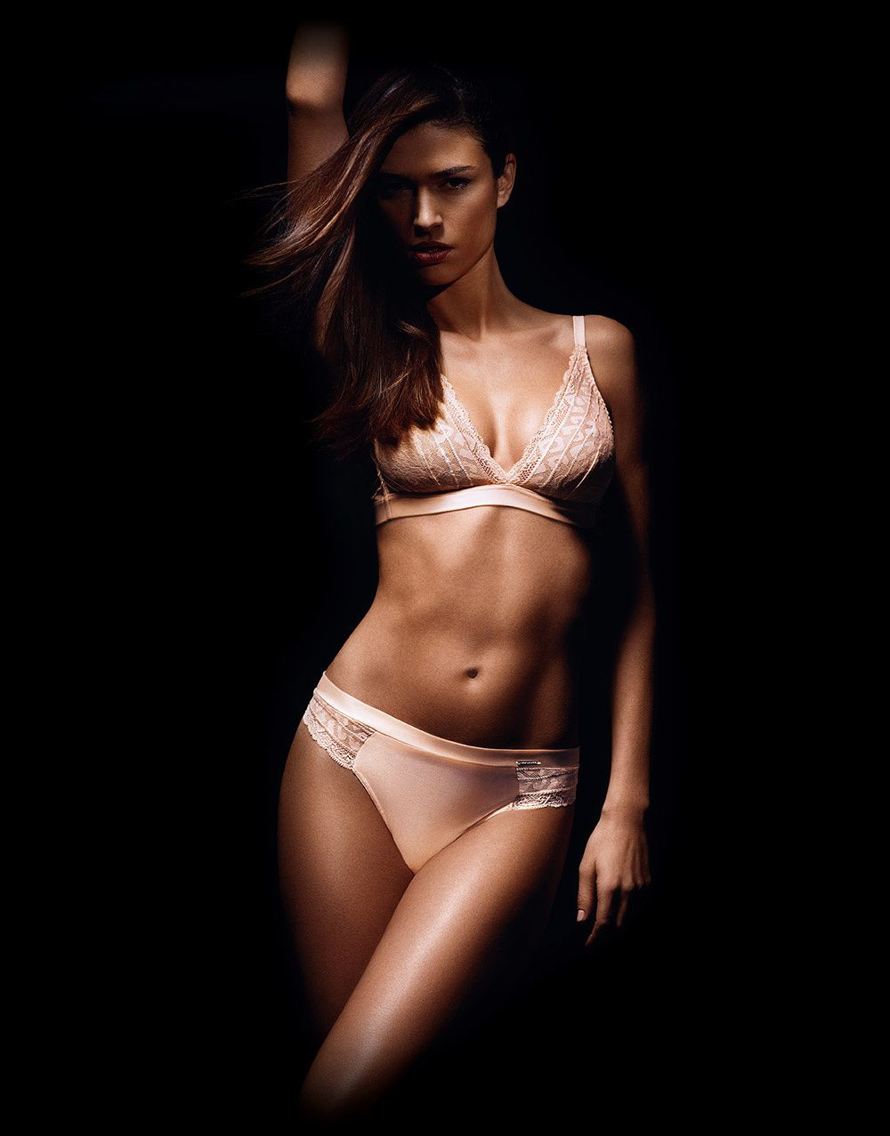 Implicite lingerie by Simone Perele
